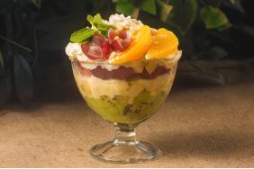 659_Фруктовый салат с кедровыми орешками